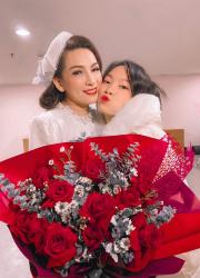 Phi Nhung & Phi Linh Phạm